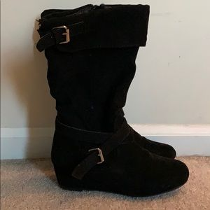 Girls size 2, Report black boot